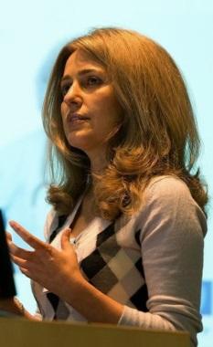 Roya Ashayer - soltani خانم دکتر عشایری - اختراع پارچه هوشمند