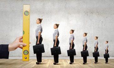 شاخص ارزیابی عملکرد کارکنان سازمان