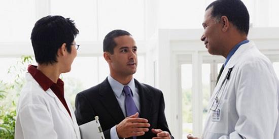 مدرپ Med Rep یا Med Sales Rep فروشنده پزشکی بازاریابپزشکی نماینده علمیپزشکی ویزیتور محصولات پزشکی ویزیت علمی