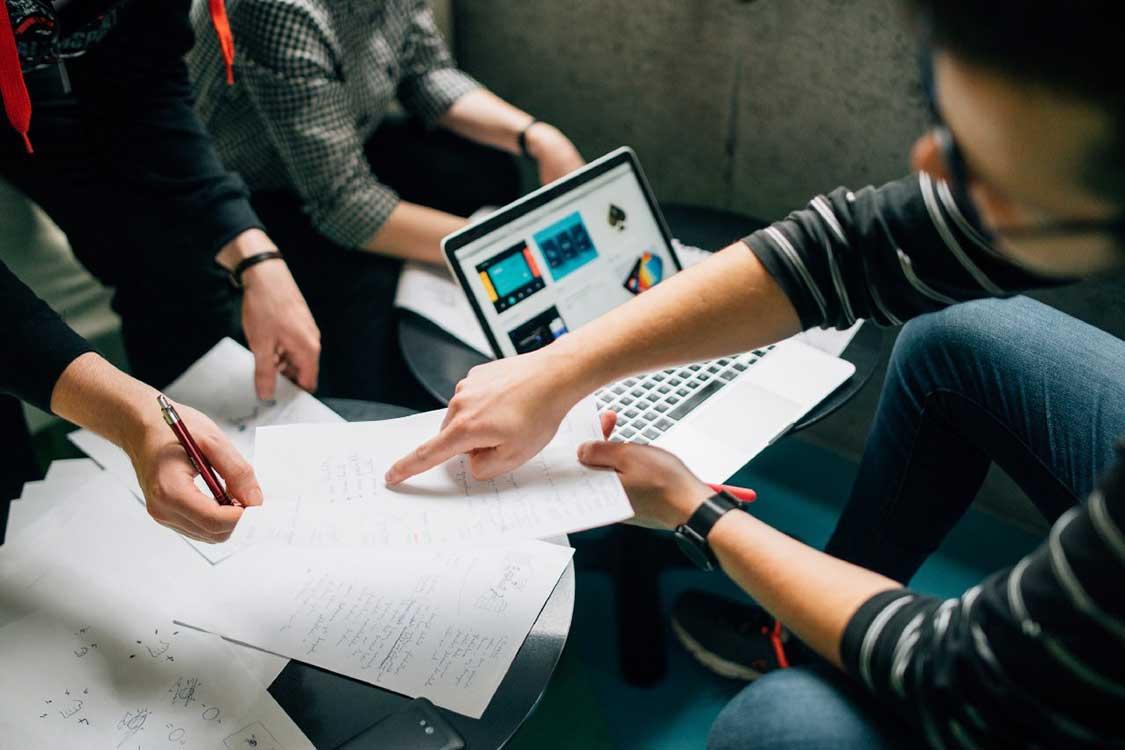 طراحی استراتژی فروش تدوین استراتژی فروش